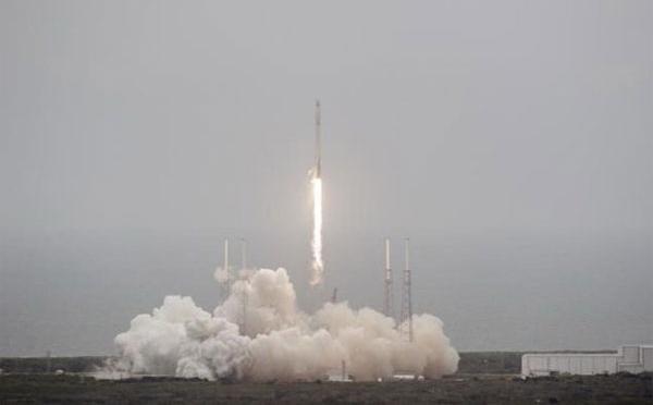 Ấn Độ phóng thành công vệ tinh tự chế